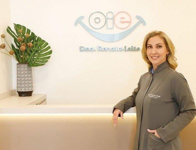 Dra. Renata Leite e<em>O espaço OIE</em>